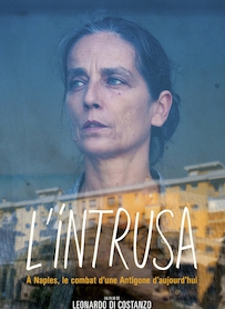 Affiche du film L INTRUSA