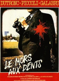 Affiche du film Le mors aux dents